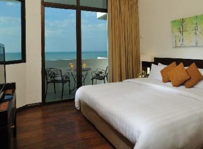 Naza Talyya Seaview Beach Hotel Penang