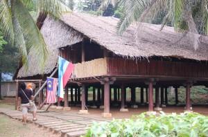 Rumah Dusun Lutud