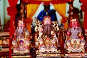 Cheng Hoon Teng Temple statues
