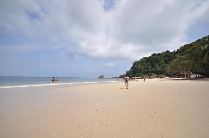 Kapas Island beach