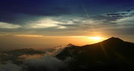 cameron highlands sunsets in mount brinchang
