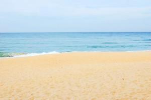 Awana Kijal beach
