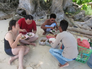 Lunch in Pulau Sibuan