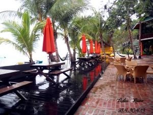 Rawa Island beach bar