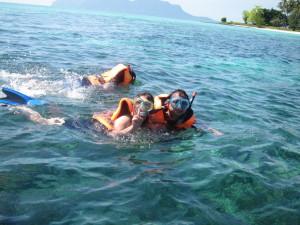Snorkeling in Pulau Sibuan