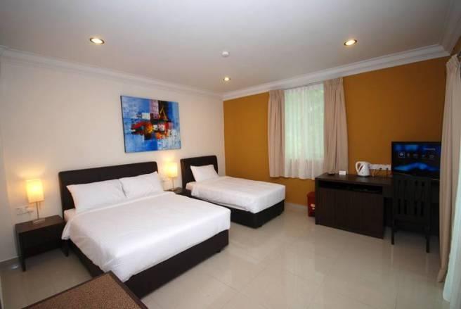 Tioman Dive Resort Deluxe Room