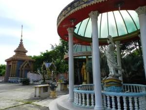 Wat Nikrodharam