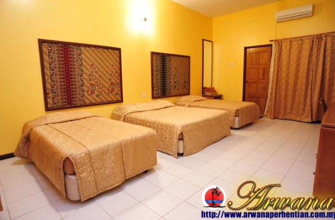Arwana Perhentian Beach Resort and Eco Chalet Room 2
