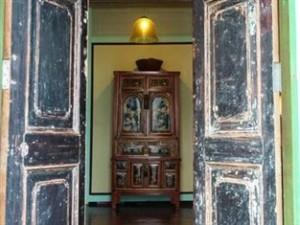 Hotel Exterior 1