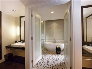 Premier Garden Bathroom