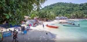 Shari La Island Resort Coral Beach