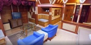 Shari La Island Resort Suite Chalet Interior 2