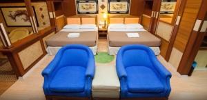 Shari La Island Resort Suite Chalet Interior