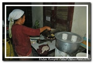 aboriginal cook in endau rompin national park