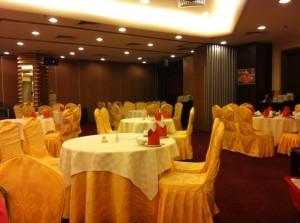 Ah yat restaurant dining space