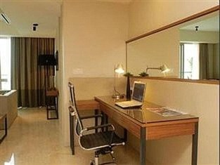 Fairlane Hospitality @ myHabitat2 Serviced Apartment