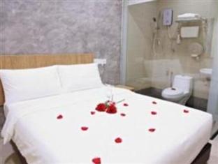 Izumi Hotel @ 2