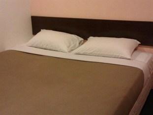One Inn Hotel