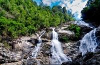 Lata Tembakah Waterfalls