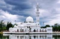 Masjid Tengku Tengah Zaharah (Floating mosque)
