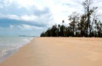 Tok Bali Beach
