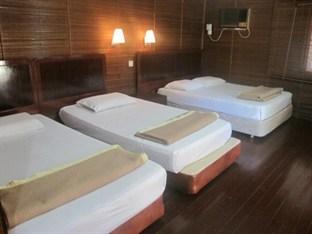 Tioman Paya Resort deluxe chalet interior