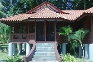sibu island resort deluxe room