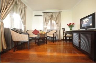 sibu island resort serindit suite living room
