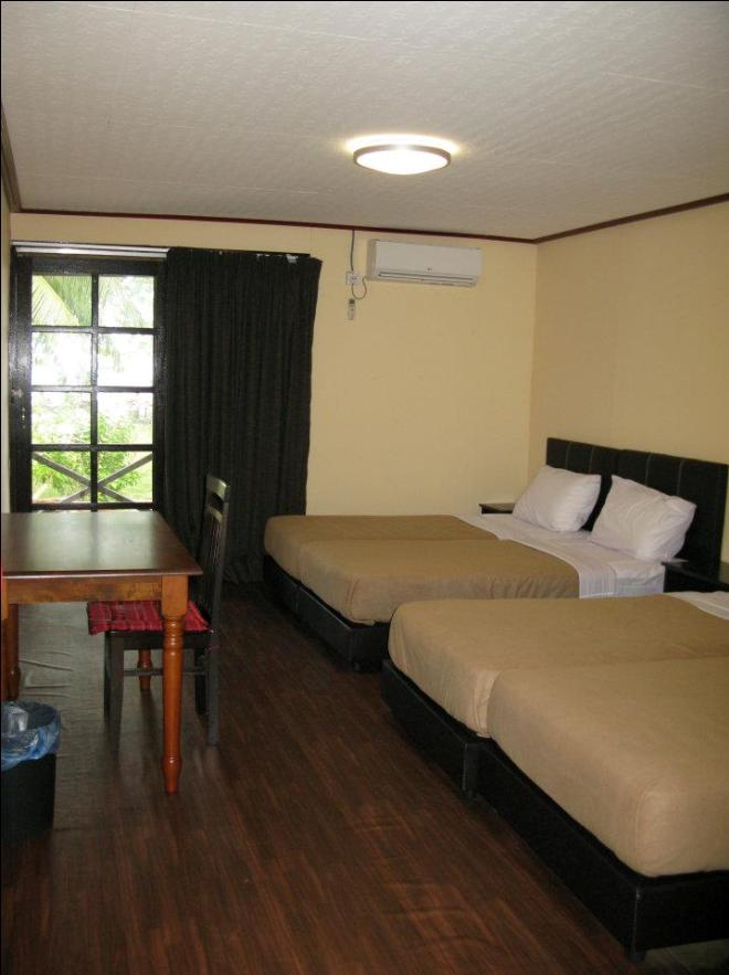 Tenggol island beach resort Room interior