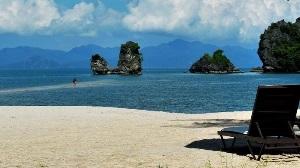 malaysia-langkawi-tanjung-rhu-beach