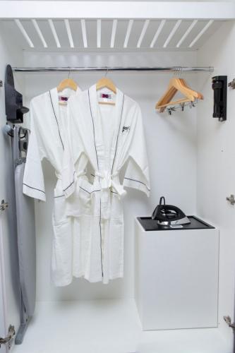 Deluxe-Closet-683x1024