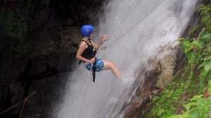 waterfall-abseil-at langkawi