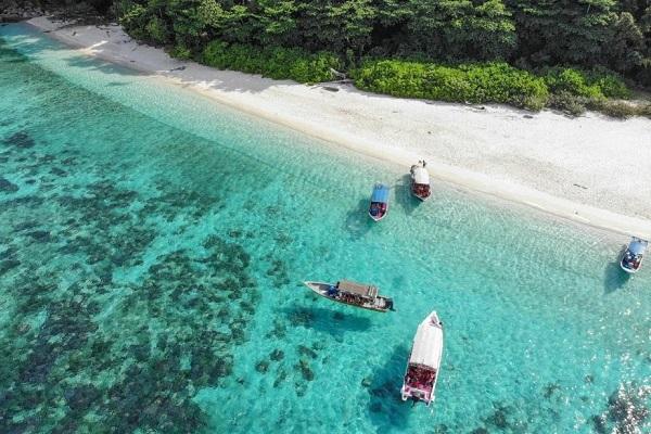 Pulau Tioman Review: Is It Still Worth Going?